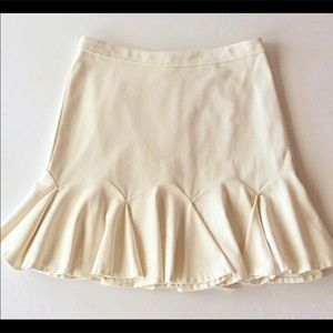 VINCE CAMUTO FIT & FLARE OFF WHITE SKIRT SIZE 4